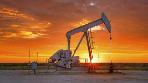 """إعصار """"أيدا"""" يبدد مخزون النفط الأمريكي"""