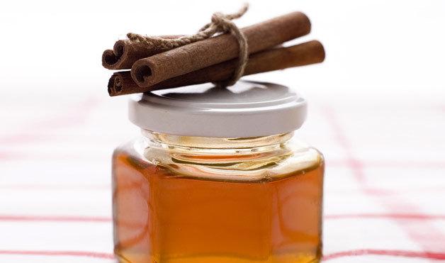 قناع الشوفان والعسل للتخلص من البثور في الظهر