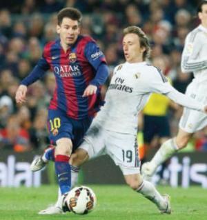 ريال مدريد سيقاتل بقوة لمنع برشلونة من الفوز بالثلاثية