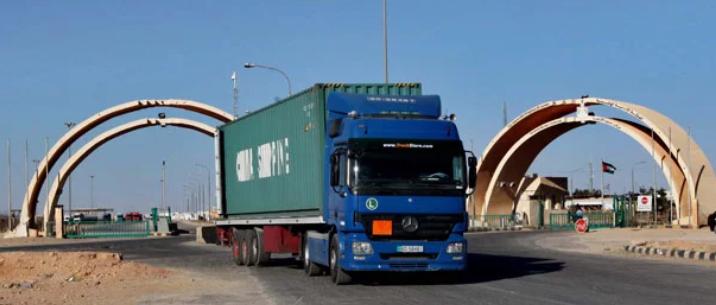 160 شاحنة تصدر بضائعها إلى العراق يوميا