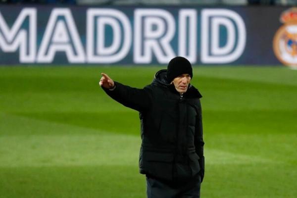 لماذا تألق يوفيتش وحكيمي وريغيلون بعيدا عن مدريد؟