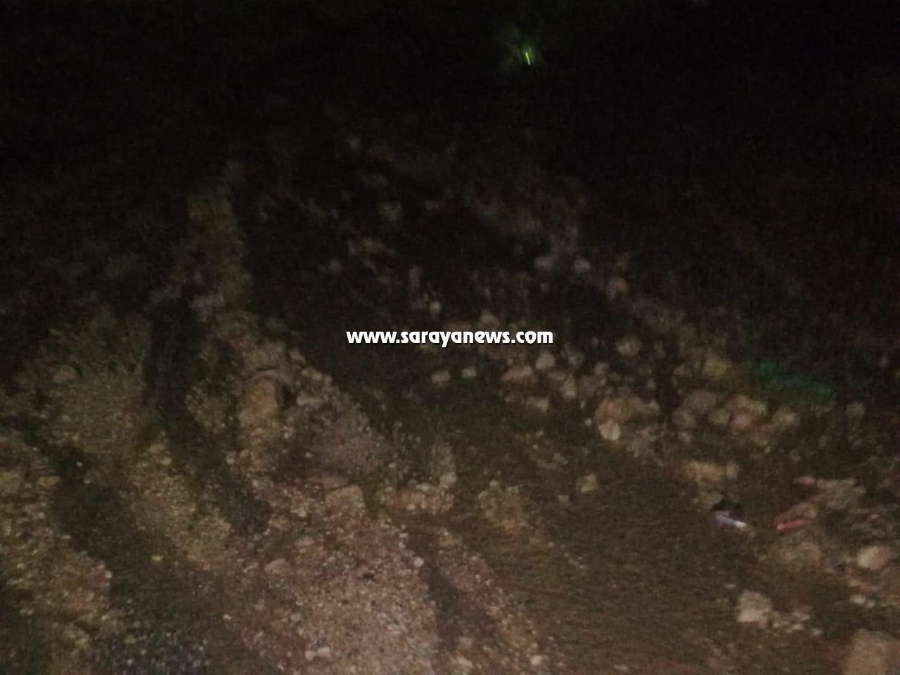 بالصور: الأغوار الشمالية: مياه الأمطار تداهم منازل المواطنين وإغلاقات جزئية للطرق