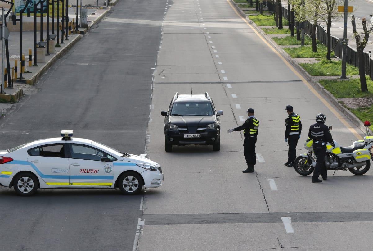 الأمن يضبط 361 مركبة و 690 شخصاُ خرقوا أوامر الحظر خلال الـ24 ساعة الماضية