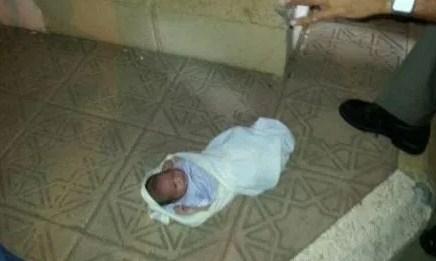 العقبة : العثور على طفلة حديثة الولادة ملقاة بجانب مساجد