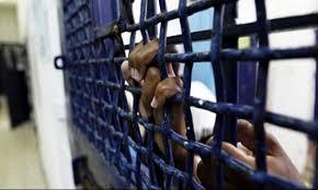 الأسرى في سجون الاحتلال يوقفون إضرابهم بعد تلبية مطالبهم