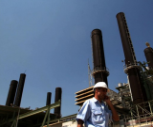 كهرباء غزة تبدأ بتنفيذ حملة لإزالة التعديات