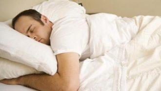 هل يخلص النوم العميق الدماغ من السموم؟