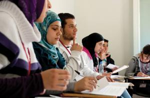 89 ٪ من شباب العرب خائفون على مستقبلهم