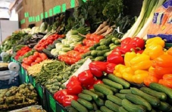 انخفاض أسعار الخضار والفواكه في السوق المركزي نحو 60%