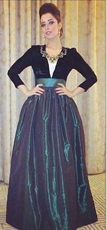 اجدد صور النجمة اليمنية بلقيس 2014 ، صور النجمة اليمنية بلقيس بفستان رائع في حفلها بالكويت 2014 image.php?token=8bdb86fabcc1d2a15530453d82d25a8b&size=