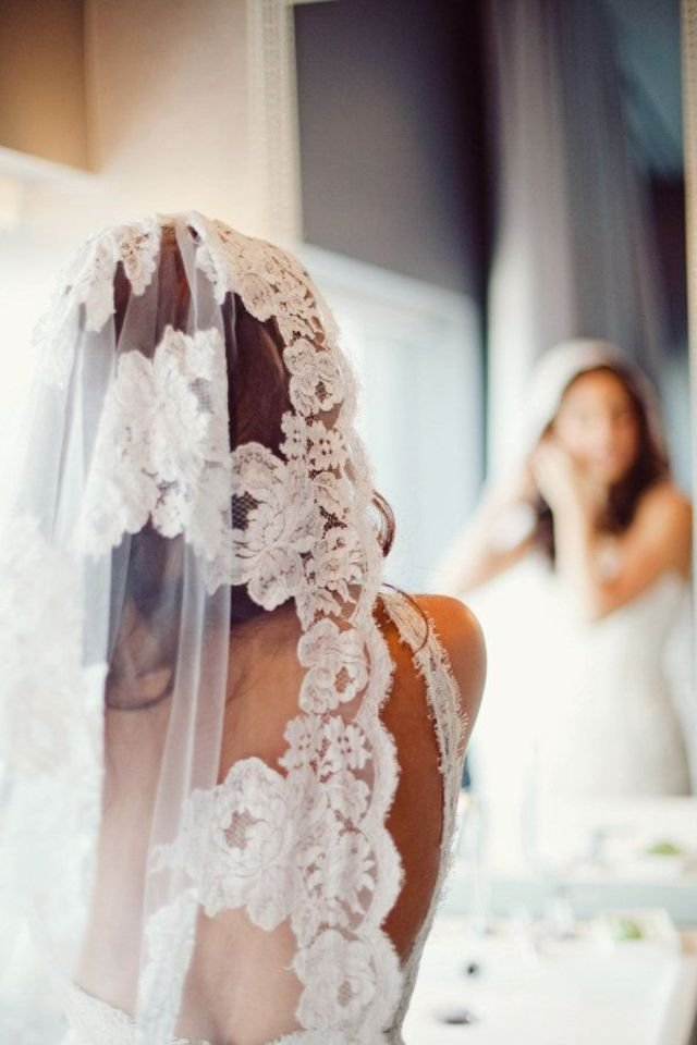 خائفة من فكرة الزواج حتي لا أُجبر على ترك اولادي