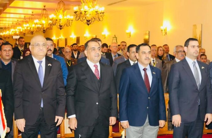 """العراق يدعو الأردن لرفع """"الفيزا """"عن التجار"""