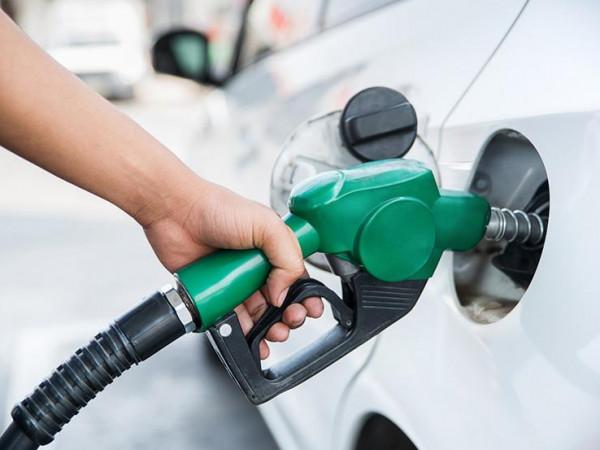 خبراء: عند الوصول إلى هذه الكمية من الوقود يجب إعادة ملء خزان السيارة