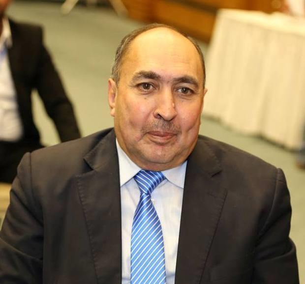 مدير الاذاعه والتلفزيون السابق يعتذر عن الاستمرار بتقديم برنامج اللقاء المفتوح (شؤون برلمانية)