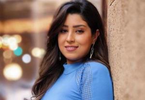 بالفيديو  .. آيتن عامر تهرب من منزل الزوجية وتطلب من جمهورها كتمان سر خطير