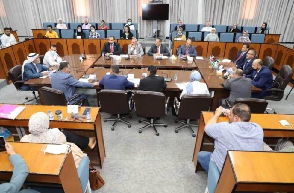 التعليم النيابية تطالب بإنصاف خريجي كليات الإعلام