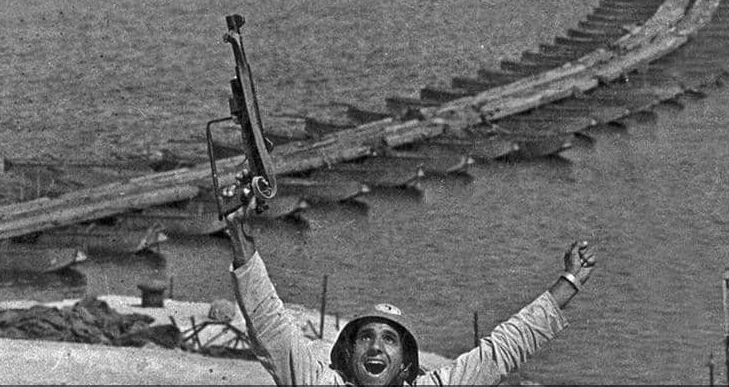 """وفاة الجندي المصري صاحب""""أشهر صورة"""" في حرب أكتوبر"""