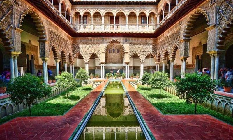 الآثار الإسلامية في إسبانيا