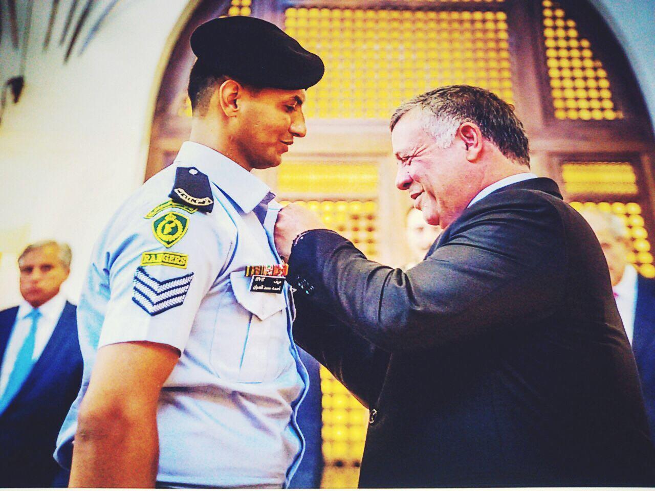 """محمود العدوان يبارك لإبن عمه الغالي العريس """"أحمد"""""""