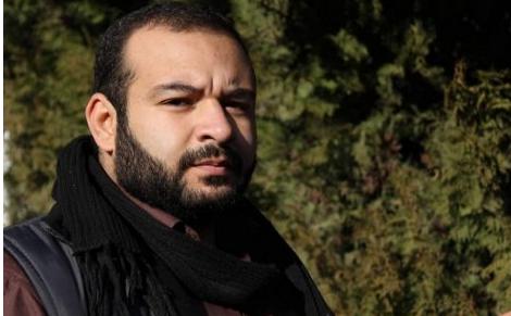 الأجهزة الأمنية تفرج عن المخرج أنس أبو خيزران