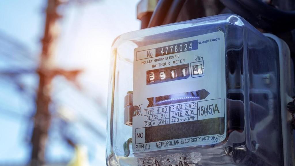 الطاقة: ستتم دراسة و تقييم موضوع قراءة عدادت الكهرباء بعد انتهاء فترة الحظر