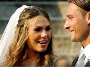 بالفيديو .. أشهر 5 لاعبين تعرضو للخيانة من زوجاتهم