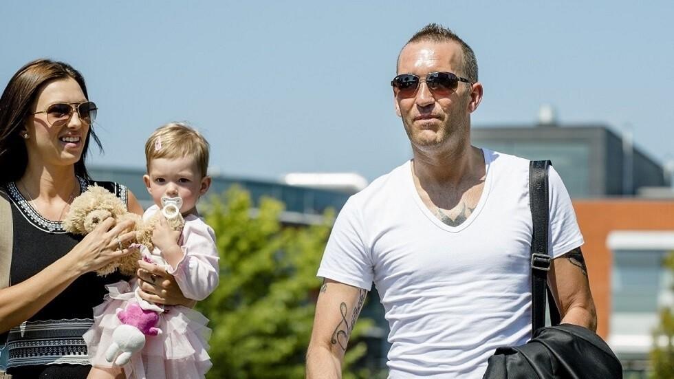 """زوجة لاعب هولندي أنهى حياته ب """"القتل الرحيم"""" تروي تفاصيل """"مؤثرة"""" لآخر أيامه"""
