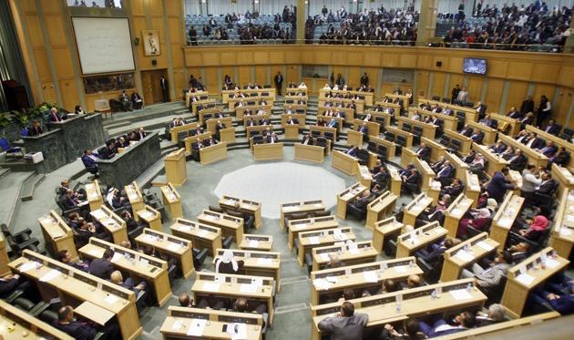 النواب يستكمل النقاشات حول عدد من القوانين اليوم