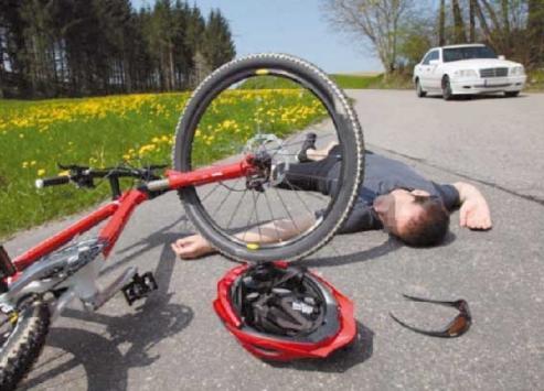 إصابة مدير المساعدات التطوعية بالامم المتحدة بحادث دراجة على طريق المطار