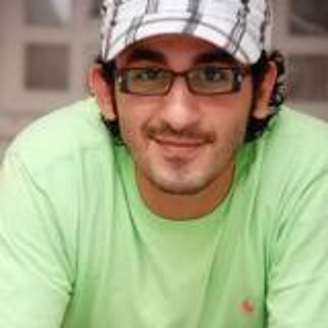 أحمد حلمي لمعجب: سيبك مني وذاكر