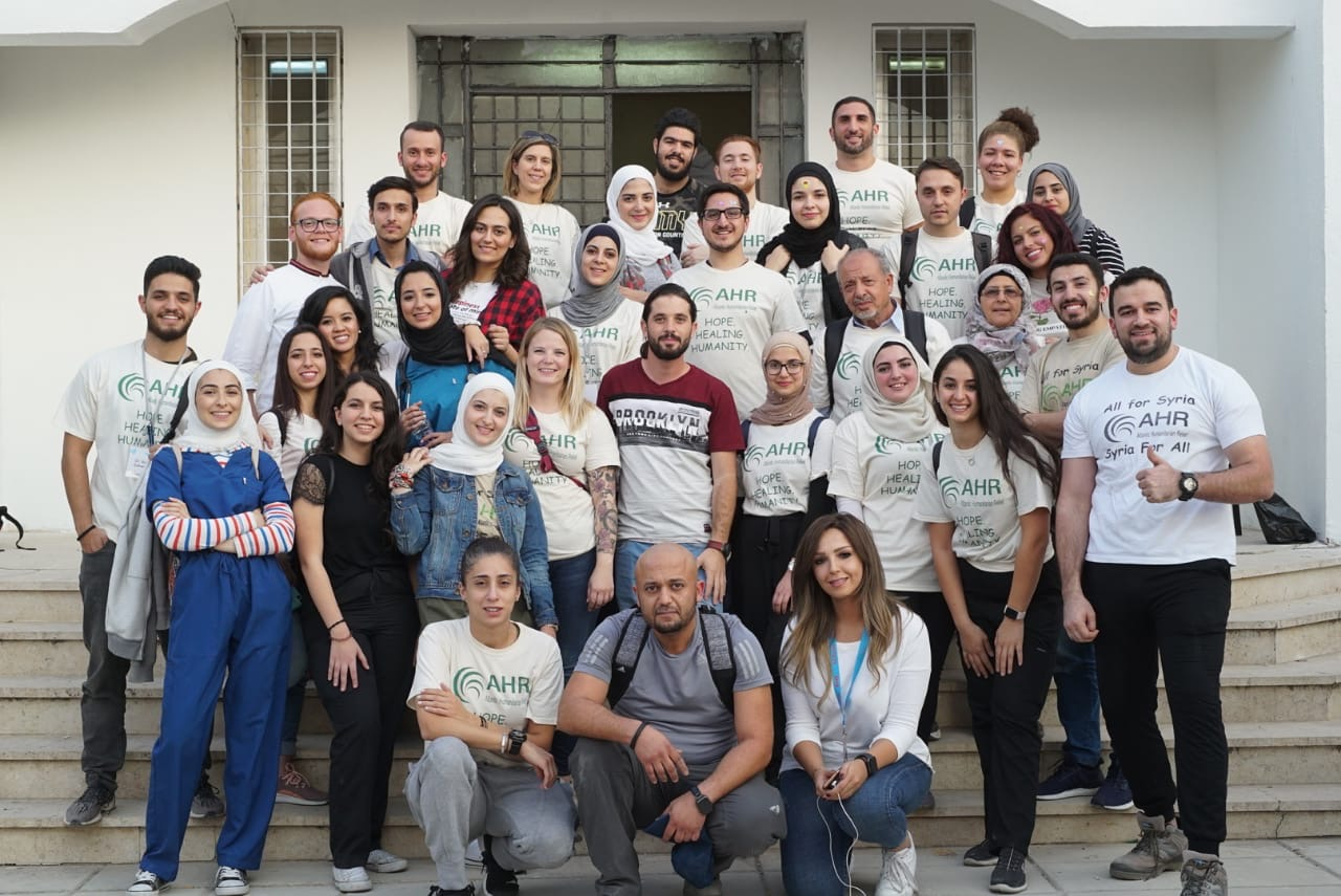 طلبة كلية العلوم في فيلادلفيا يشاركون بحملة شكرا لنشامى الأردن