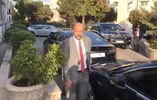 """اجتماع طارىء يضم """"الرزاز"""" وعدد من الوزراء لإتخاذ قرار حاسم حول الإضراب"""