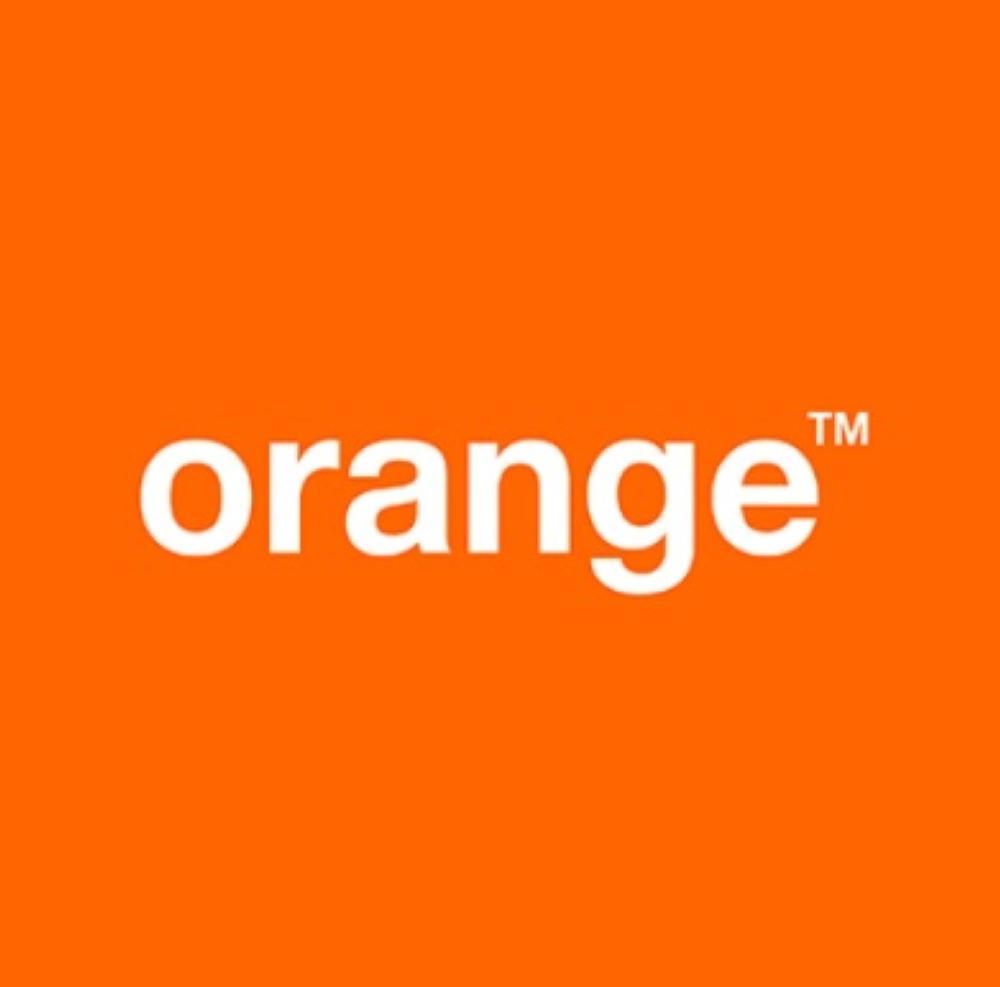 باستخدام تطبيق SignBook  أورنج الأردن تتعاون لإتاحة خدمات دائرة الإفتاء للصمّ