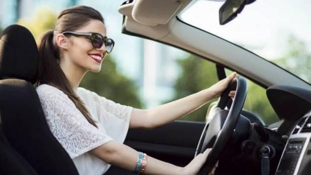 النساء افضل من الرجال بقيادة السيارات بـ4 أضعاف !!