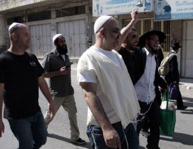 مستوطنون إسرائيليون يستولون على جبل في الخليل والجيش يقتحم مدينة نابلس