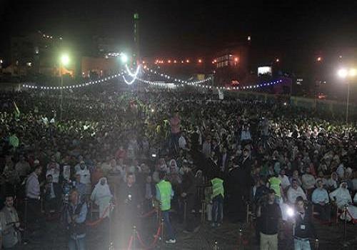 """حي نزال : الآلاف في مهرجان """"لبيك يا أقصى"""" يحيون المقاومة (صور)"""