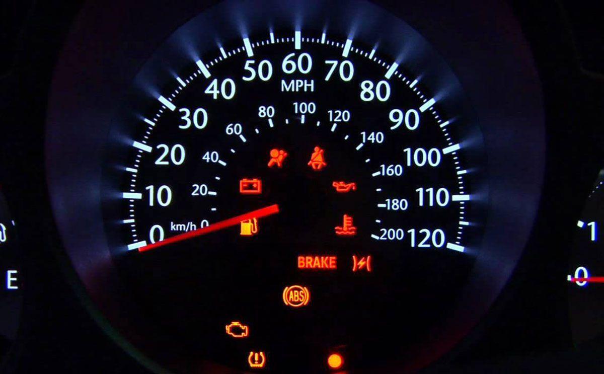 تعرف على معاني علامات طبلون السيارة. لمعلومات اكثر