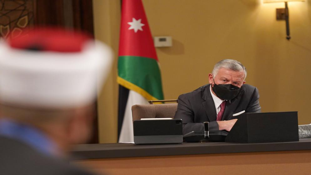 الملك يؤكد ضرورة توظيف أموال الزكاة في تعزيز الإنتاجية ودعم مشاريع
