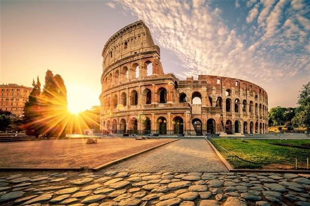 بالصور ..  تعرف على افضل 5 وجهات سياحية في أوروبا