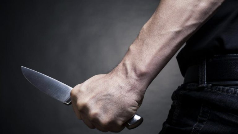 مقتل محامية على يد رجل مدان بالقتل كانت تدافع عنه