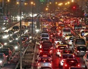الأزمة المرورية تتسبب بنفاذ وقود أكثر من 160 مركبة في شوارع عمّان