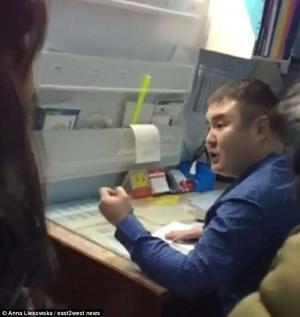 بالفيديو: سيدة ذهبت للمستشفى بعد تعرضها لاعتداء فضربها الطبيب ..  تفاصيل