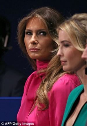 بالصور.. ما الذي يحدث بين ايفانكا و ميلانيا ترامب؟ علاقتهما كالزوجة و ضرتها