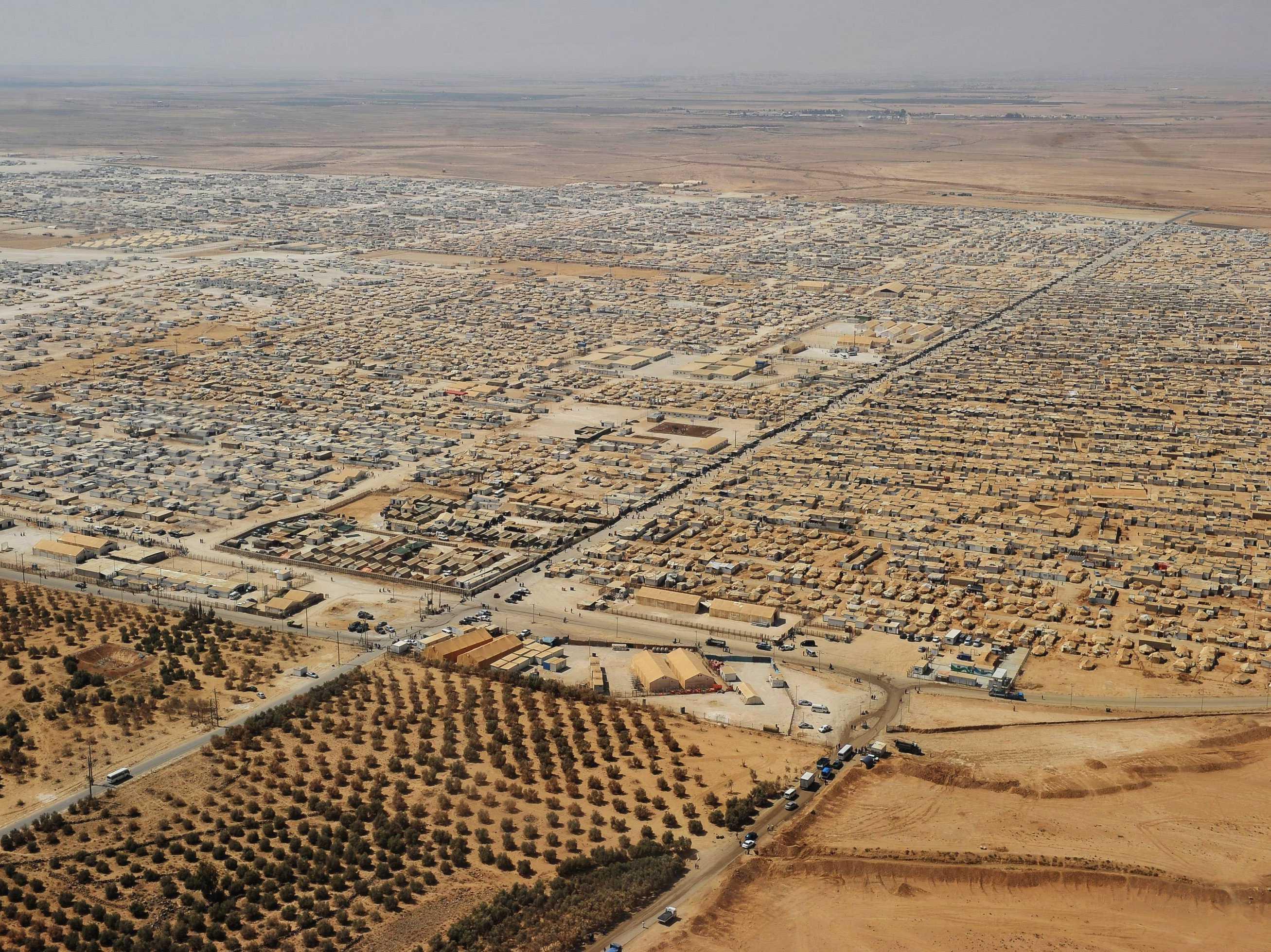 راي اليوم: وصول عدد اللاجئين السورين الى ربع سكان الاردن يشكل تهديدا امنيا وديموغرافيا