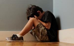 اغتصب طفلاً في أبوظبي وظنّ انّه نجا بفعلته.. ولكن حصل ما لم يكن يتوقّعه!!