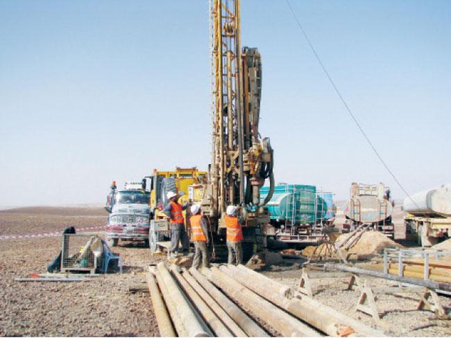 """""""الطاقة"""" تعلن تفاصيل استكشاف النفط والغاز في 9 مواقع"""