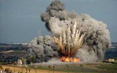 سوريا: نملك قرار ''المفاجأة'' للرد على الغارة الإسرائيلية