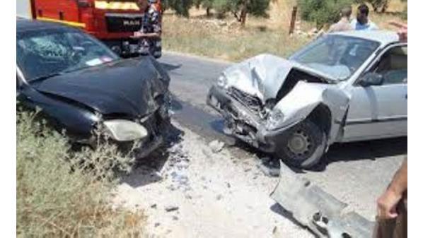 إصابة أربعة أشخاص اثر حادث تصادم في عمان