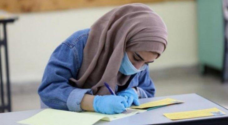 التربية تنهي استعداداتها لامتحان الثانوية العامة