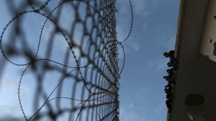 هل تبني مصر جدارا على الحدود مع غزة؟